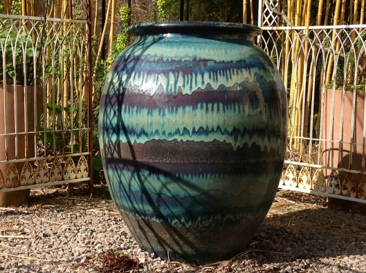 Klong jar blue and purple glaze