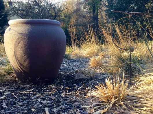 Pot in the remains of the remain mid Fenduary